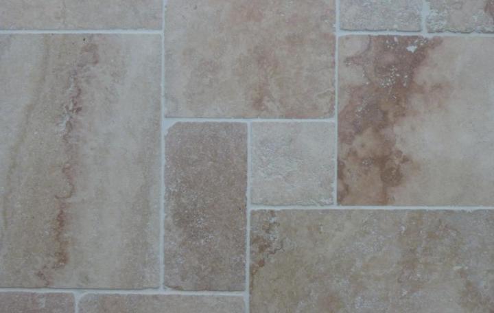 Collection intérieur > Dallage intérieur > travertin rosé opus 4 vielli 1,2cm